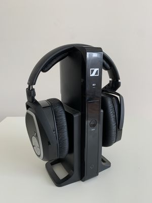 Sennheiser RS165 Wireless Headphones for Sale in Bartlett, IL