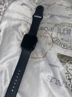 Black Apple Watch Se 40 Mm for Sale in Baltimore,  MD