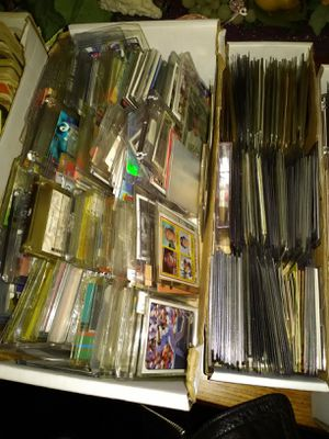 800 rookie sports cards tons metal cards lots basketball baseball rookies for Sale in Las Vegas, NV
