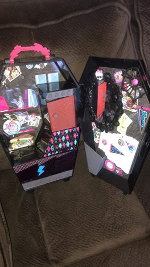 Monster high doll case for Sale in Sacramento, CA