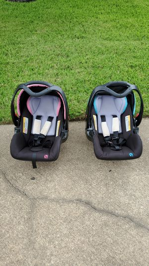 Infant car seats for Sale in College Station, TX