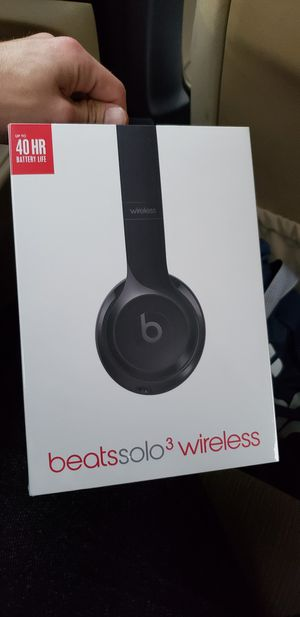 Beat Solo 3 wireless brand new $250 for Sale in Los Angeles, CA