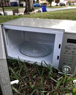 countertop microwave for Sale in Ocoee, FL