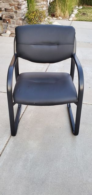 Leather chair for office for Sale in Rancho Cucamonga, CA