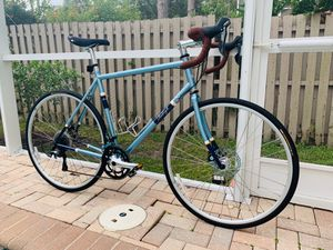 2015 Raleigh Clubman Disc Steel Tiagra Size 58 cm for Sale in Tampa, FL