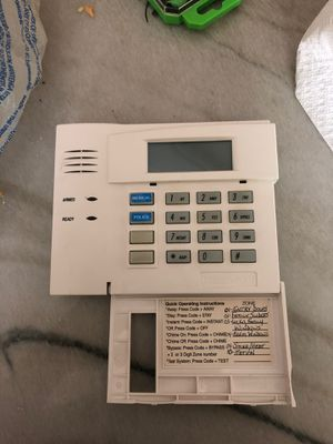 Honeywell home security systems 6150RF for Sale in Tampa, FL