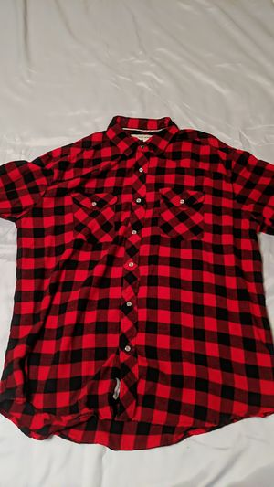 Red flannel long-sleeved shirt for Sale in Olympia, WA