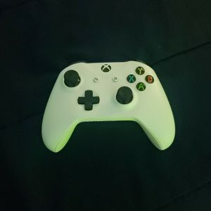 Xbox One Or Series X Controller Perfect Condition for Sale in Miami Gardens, FL