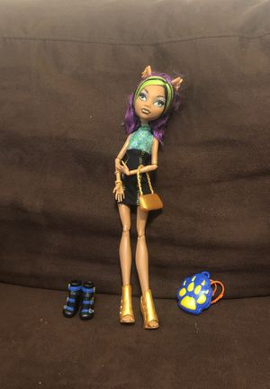 Monster high doll and Accessories for Sale in Las Vegas, NV