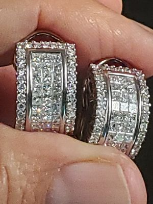 Diamond earrings white gold for Sale in Scottsdale, AZ