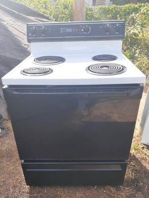 ELECTRIC STOVE for Sale in BRECKNRDG HLS, MO