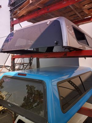 CAMPER SHELL FOR SALE for Sale in Yorba Linda, CA