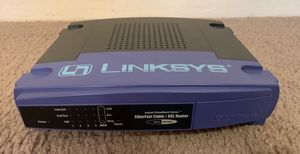 LINKSYS ETHERFAST CABLE/DSL ROUTER WITH 4 PORT SWITCH AND AC ADAPTER BEFSR41 v.2 IN BOX WITH CD for Sale in Chapel Hill, NC