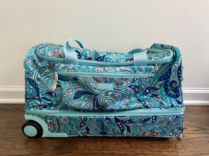 Vera Bradley Rolling Duffle Bag Suitcase for Sale in West Windsor Township, NJ
