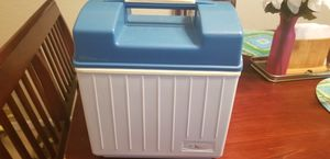 Small Cooler for Sale in Orlando, FL