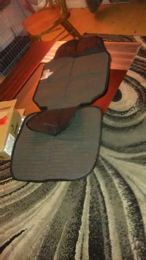 Brand new never used infant Duo mat car seat 2 in 1 protective for Sale in Columbus, OH