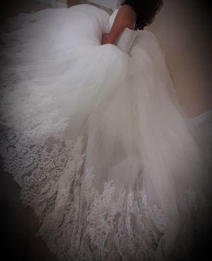 Wedding Dress Swarovski Size 4-10 for Sale in Orlando, FL