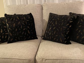 Throw pillow Inserts and Pillow Covers for Sale in Annandale,  VA