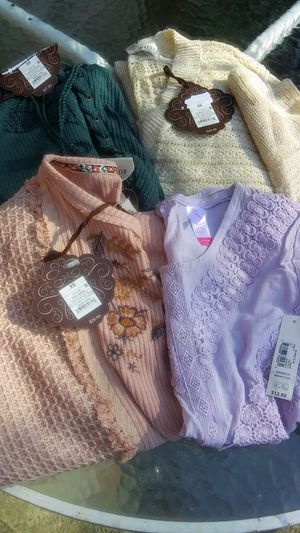 Ladies longsleeves clothes for Sale in La Vergne, TN