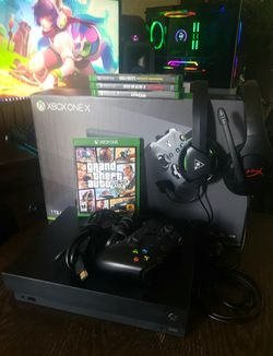 Xbox One X with games and accessories $300 for Sale in Abilene,  TX