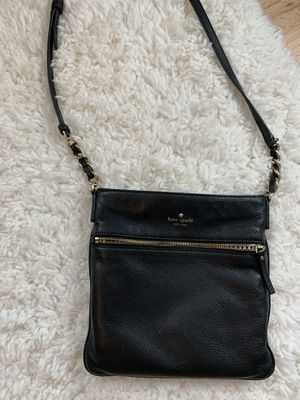 Kate spade crossbody bag for Sale in Dearborn, MI