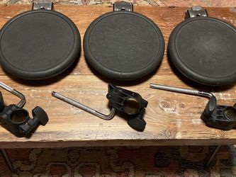 Roland PD-8 Electronic Drum Dual Trigger Pads (Set of 3) for Sale in Lynnwood,  WA