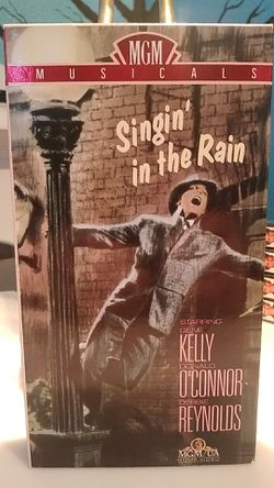 Singing in the Rain VHS tape for Sale in Tracy,  CA