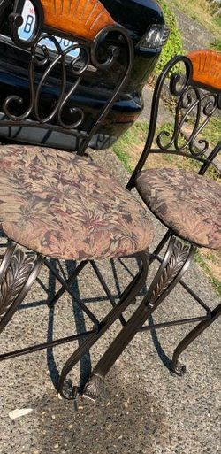 Stools for Sale in Lynnwood,  WA