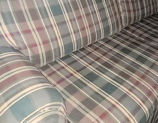 FREE La-Z-Boy Sofa And Loveseat for Sale in Houston, PA