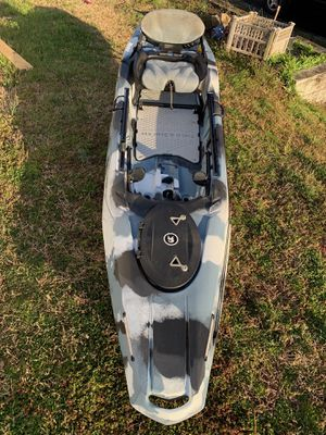 Field and stream shadow caster fishing kayak for Sale in Mount Rainier, MD