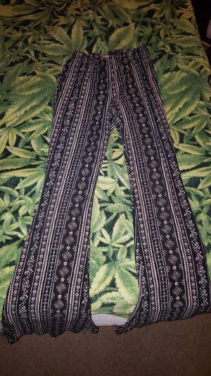 Bellbottom leggings for Sale in Fort Wayne, IN