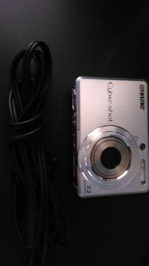 SONY CYBERSHOT 7.2 MEGAPIXEL DIGITAL CAMERA for Sale in Queen Creek, AZ