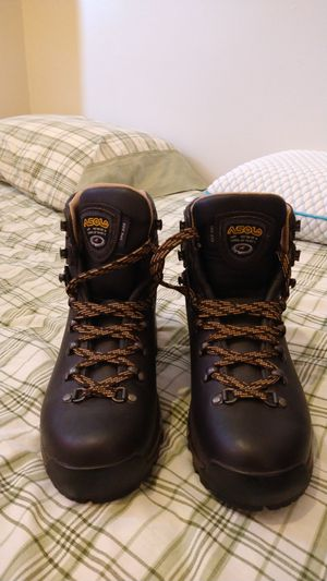 Ladies a solo hiker boots cost $330 new size 8 and 1/2 for Sale in Lock Haven, PA