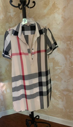 Burberry patern dress for Sale in North Royalton, OH