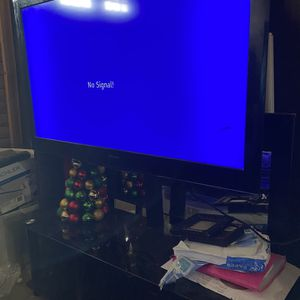 Tv & Stand for Sale in Avondale, AZ
