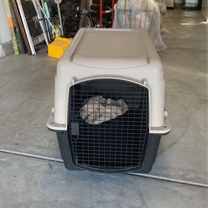 Large dog kennel for Sale in CA, US