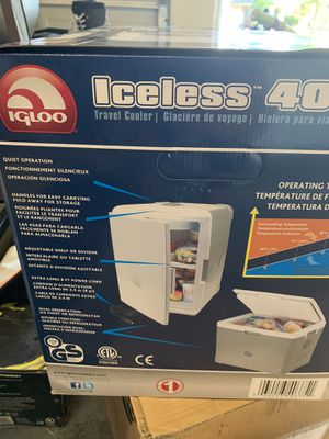 IGLOO NEW iceless 40 cooler for Sale in Round Rock, TX