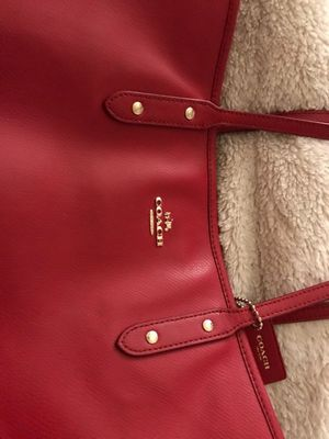 Red Leather Coach Bag for Sale in Alexandria, VA