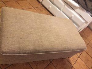 Small couch for Sale in El Cajon, CA