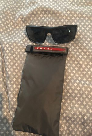 Brand new never worn Prada sunglasses for Sale in Payson, AZ