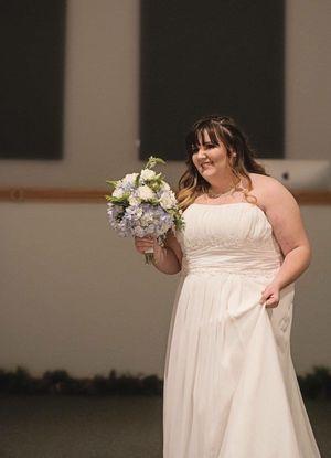 Wedding Dress for Sale in Joplin, MO