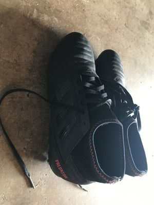 Adidas soccer cleats size 4 for Sale in Wahiawa, HI