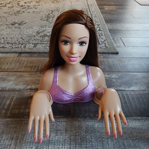 Rare Brunette Barbie 12'' Rotating Head Manicure Hands ~ Fashion Bust [2014] Mattel Just Play Like- NEW Condition for Sale in Las Vegas, NV