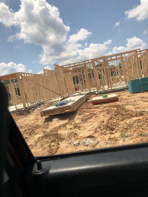 busco jente q sepa el freim q sepa usar la pistola o sepa caminar arriba for Sale in Burleson, TX