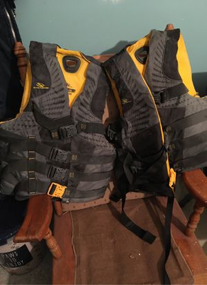Two Stearns adult large extra-large ski vest for Sale in Independence, MO