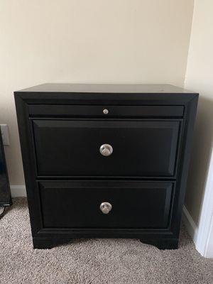 King Bedroom Set for Sale in Quincy, IL