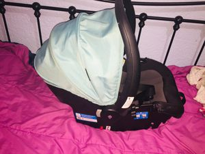 Safety 1st CAR SEAT TEAL COLOR for Sale in Tampa, FL