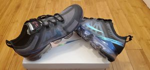 Nike Air Vapormax size 9 and 11.5 for Men. for Sale in Lynwood, CA
