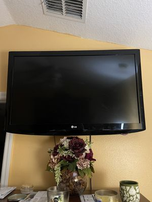 "LG TV 40"" for Sale in Orlando, FL"