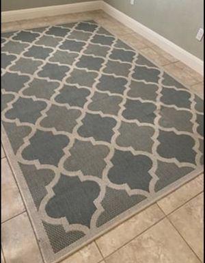 6x9 large indoor/outdoor rug for Sale in Austin, TX